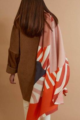 s-onirique-44-corail-foulard-mapoesie-2-web.jpg