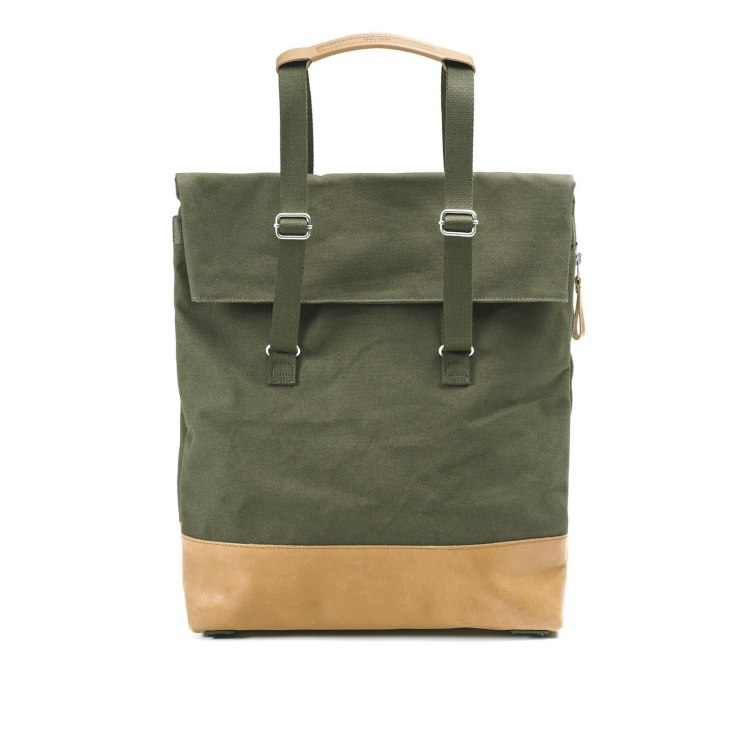 qwstion-day_tote-organic_forest_leather_front.jpg
