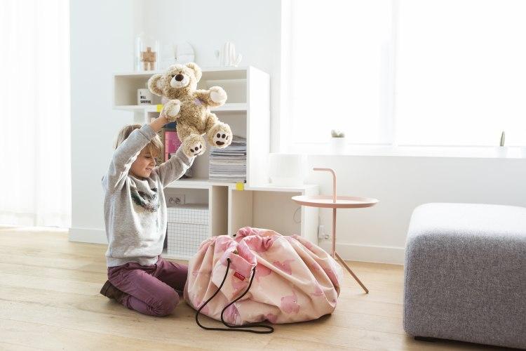 pink-elephant_playing.jpg