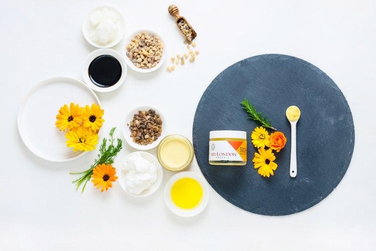mulondon-marigold-frankincense-myrrh-moisturiser-top.jpg