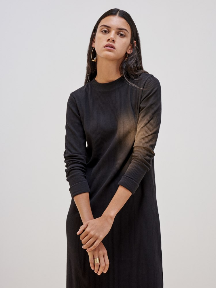 rib_long_sleeve_dress_black_0098.jpg