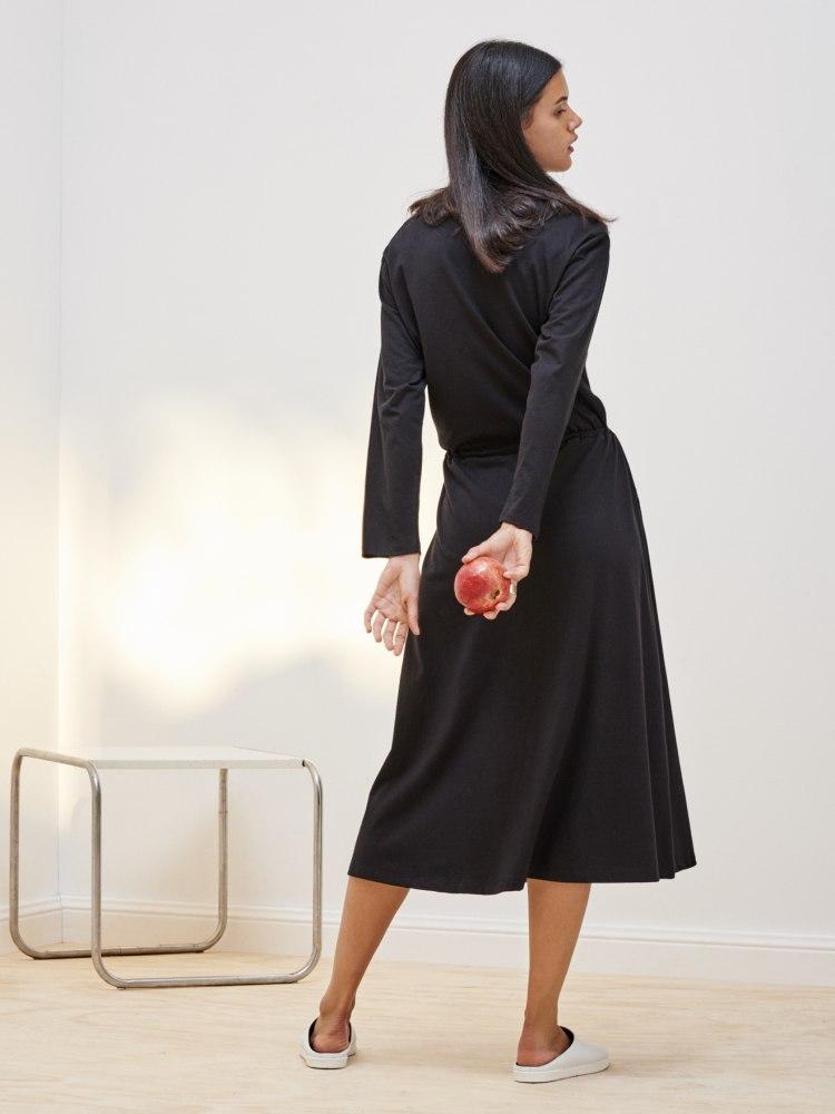 building_block_long_slv_lounge_dress_black_4269.jpg