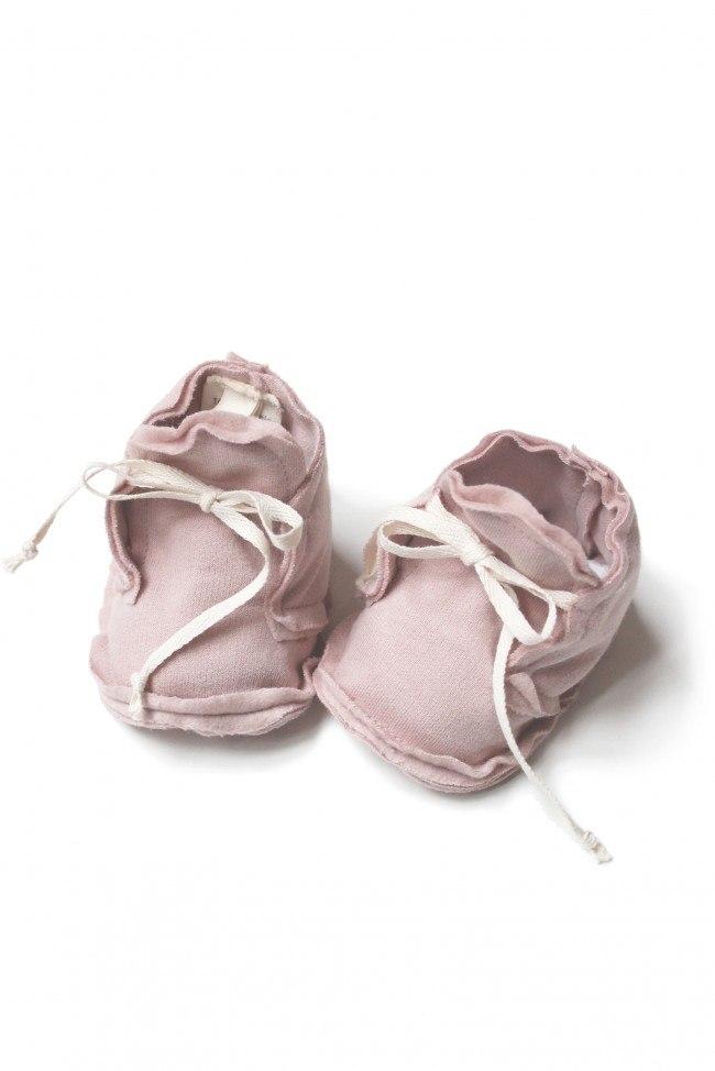 baby_raw_edged_booties_vintage_pink.jpg