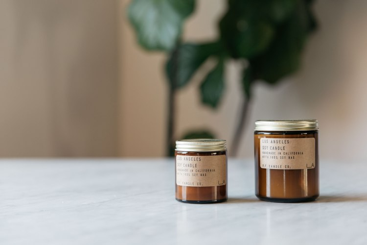 los_angeles_mini_and_standard_soy_candle_by_p.f._candle_co.jpg