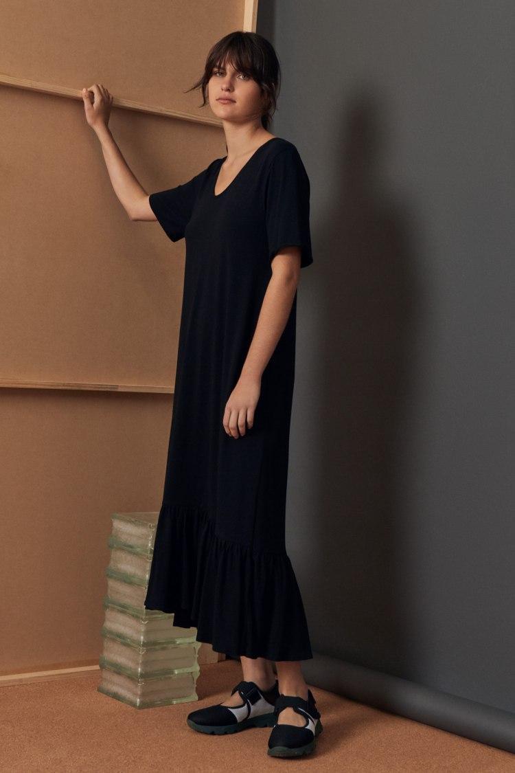 bb-gather-hem-dress_black_3037.jpg