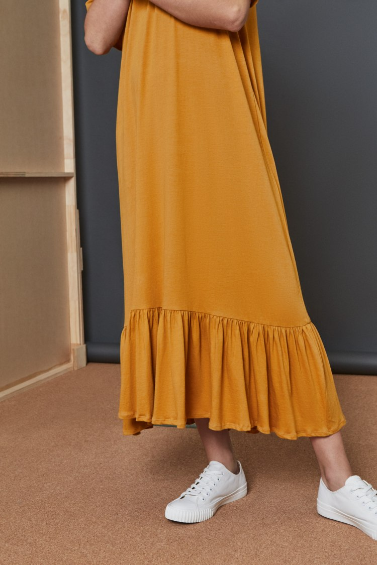 bb-gather-hem-dress_amber_3100.jpg