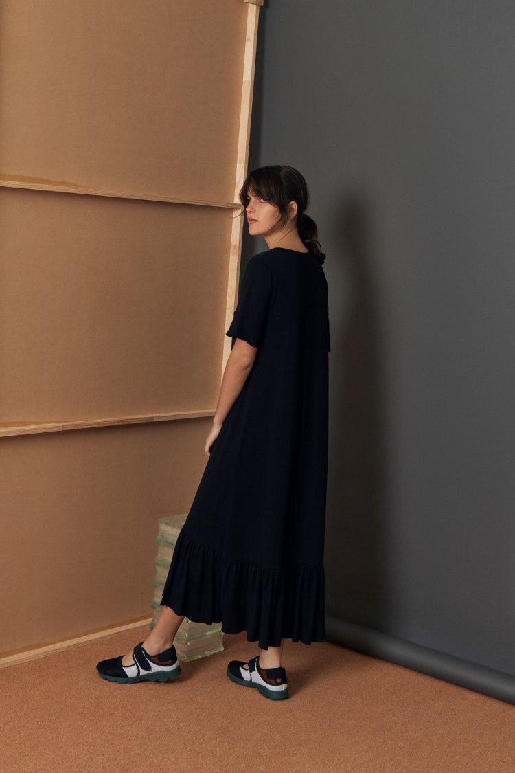 bb-gather-hem-dress_black_3050.jpg