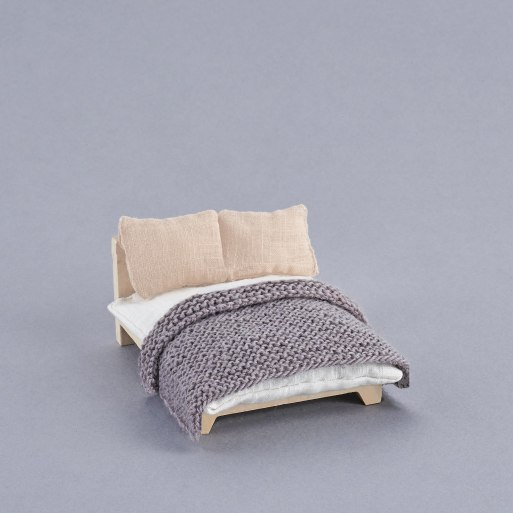 oe-holdie-furniture-07--double-bed-background-ls.jpg