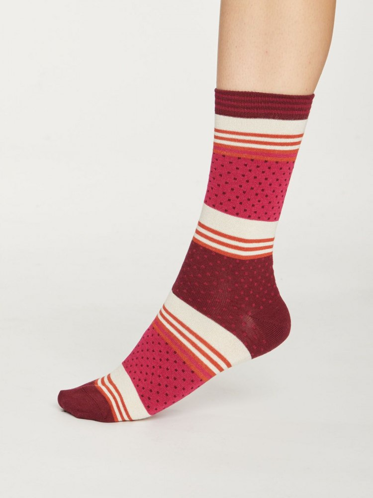 spw395-magenta--pink-dotty-sustainable-stripey-bamboo-socks--1.jpg