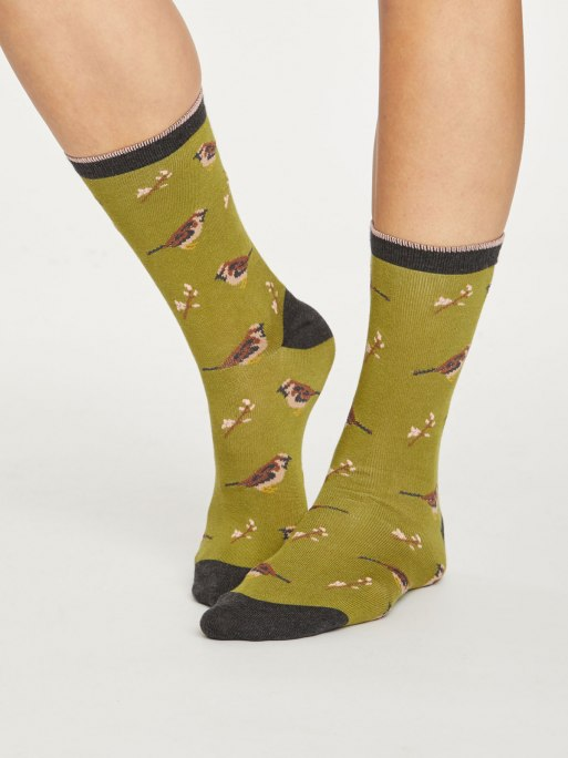 spw418-herb-green--british-birds-bamboo-socks-for-women--2.jpg
