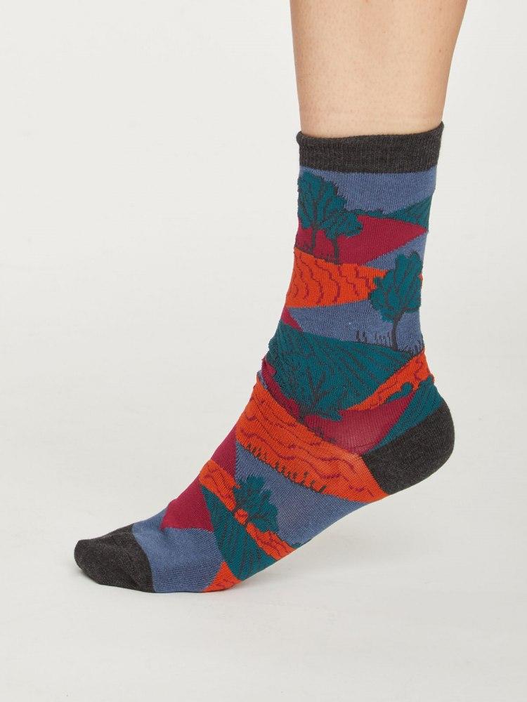 sbw4523-alpine--festive-alpine-bamboo-sock-gift-box--5.jpg