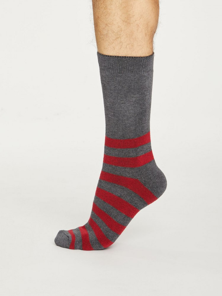 spm445-pillarbox-red--stripe-walker-organic-cotton-socks--1.jpg
