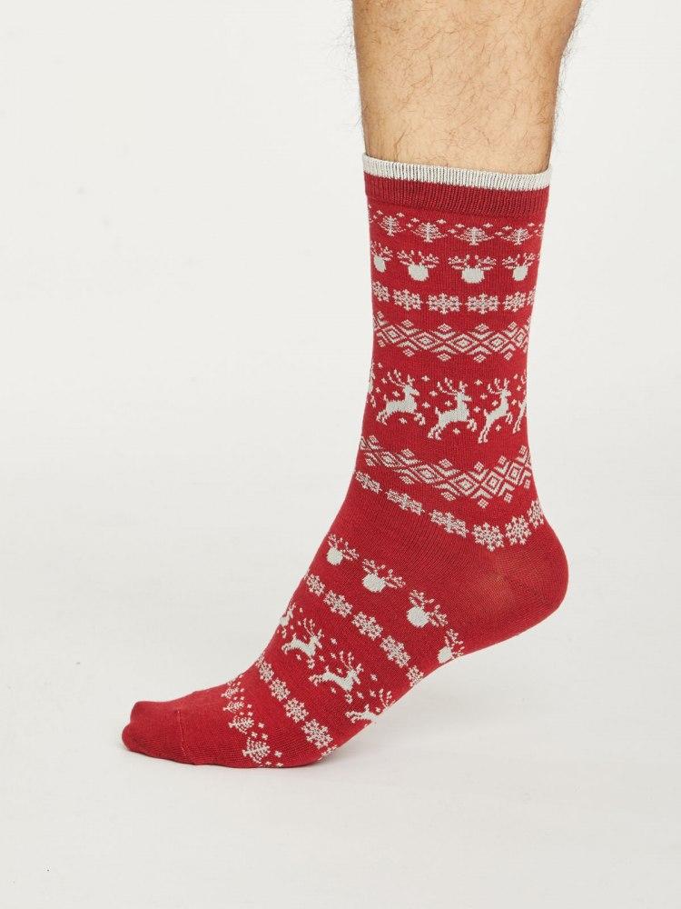 spm448-pillarbox-red--mens-festive-reindeer-bamboo-socks--1.jpg
