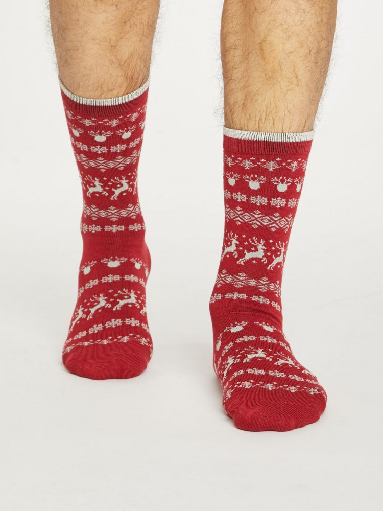 spm448-pillarbox-red--mens-festive-reindeer-bamboo-socks--2.jpg