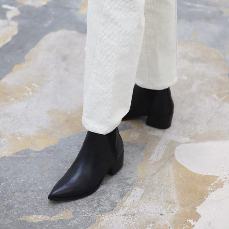 ula-black-boots-6.jpg