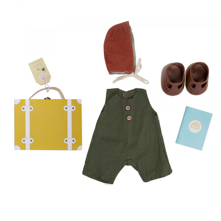 mustard_travel_togs_flatlay__cut_outs_.jpg