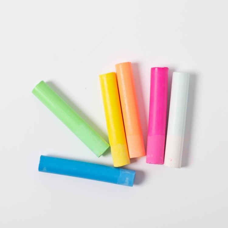 kitpas-6-coloured-chalk-2221.jpg