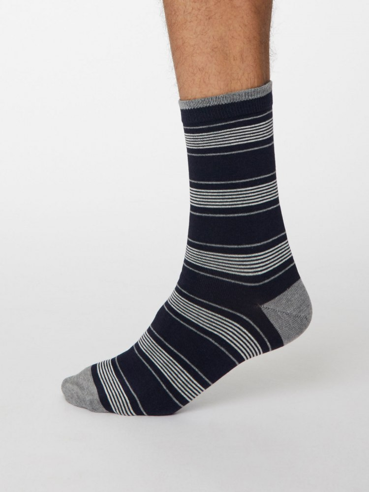 spm471-navy-marle-edoardo-bamboo-striped-mens-socks-1.jpg