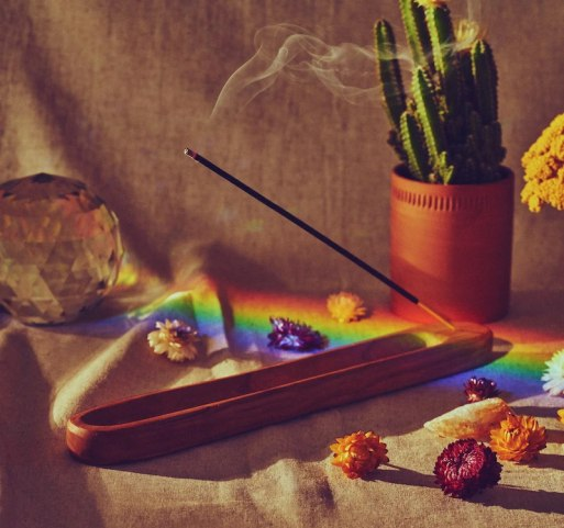 sunbloom_incense_pf_candle_2_1.jpg